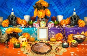 altar-ofrenda-festival-dia-de-muertos
